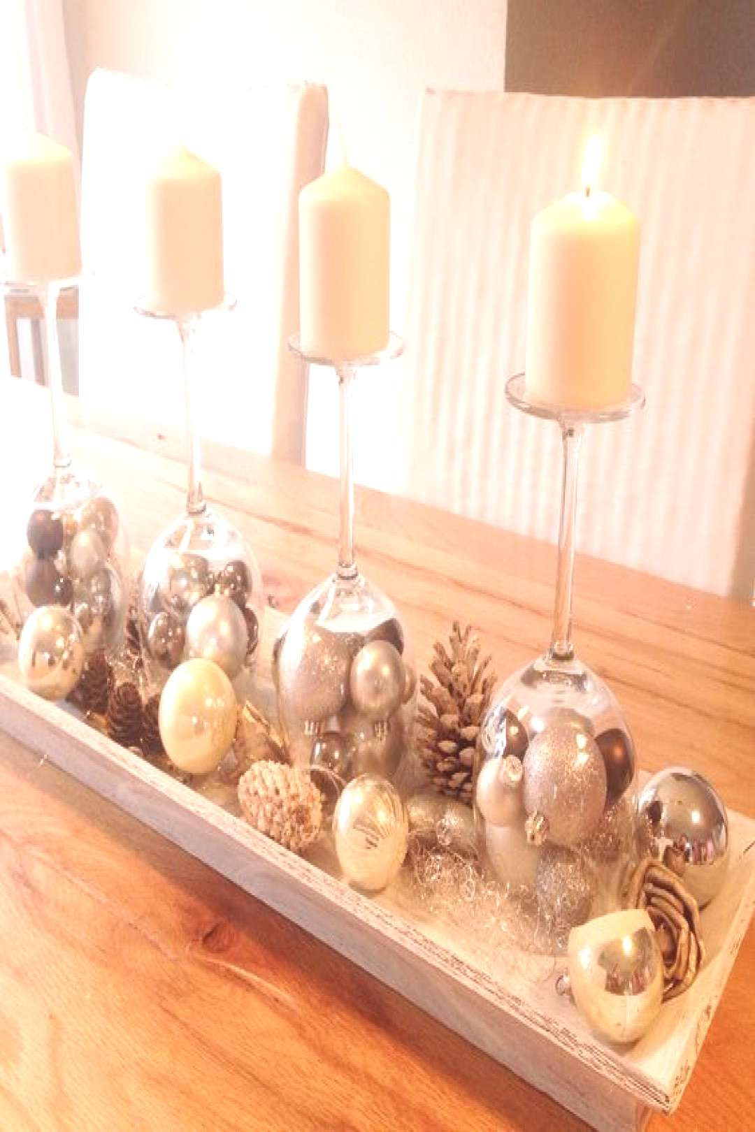 -  With A Pair Of Old Wine Glasses Create A Gorgeous Decoration For The Winter Season … Very Bea