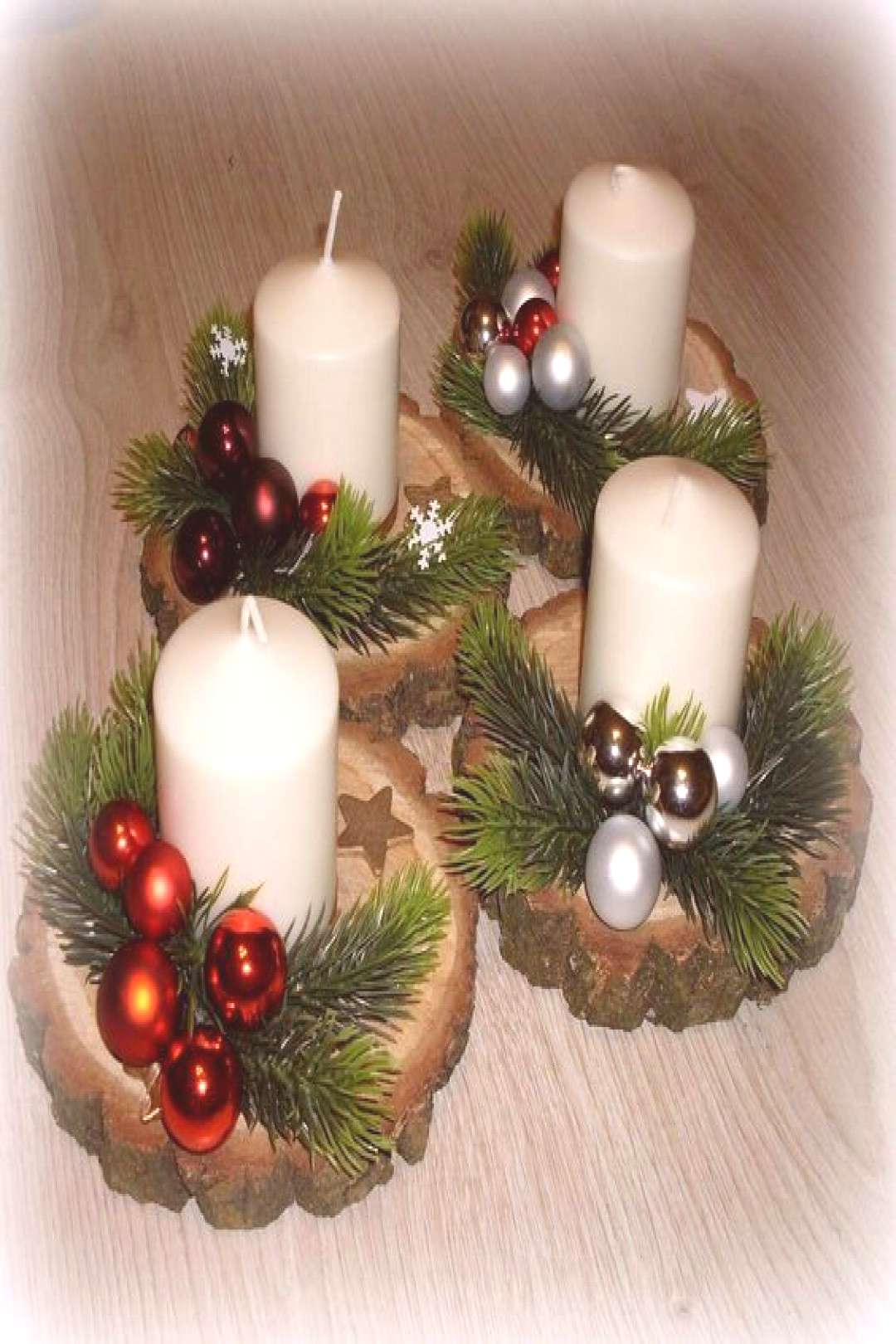 100 DIY Christmas Centerpieces for Tables and decoration ideas - Ethinify