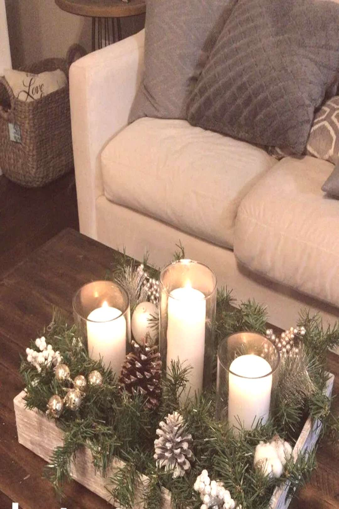 130+ absolutely stunning ideas for christmas table decorations 42  