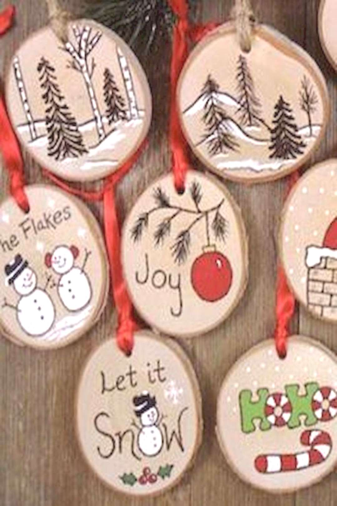 30 Easy and Creative DIY Christmas Sign Ideas o A Budget