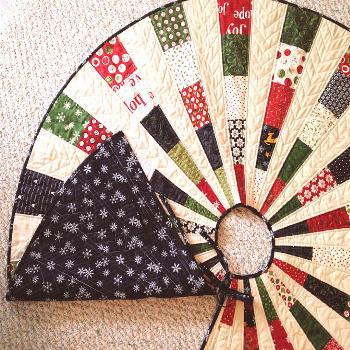 Friday Spotlight: Georgi's Most Beautiful Christmas Tree Skirt — SewCanShe | Free Sewing Patterns