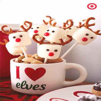 Reindeer Marshmallow Pops? Yes, please! These adorable little guys are a must-have addition to your