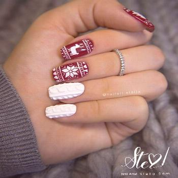 The horrible Christmas sweaters painted on the nails bestnailartdesigns