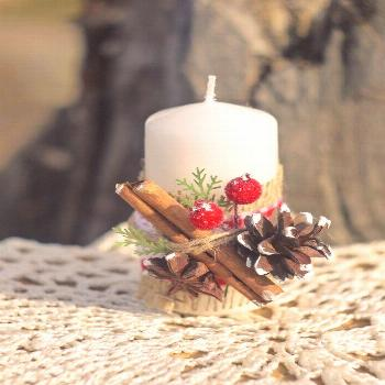 Winter Scenery pine cone Candle, Christmas candle, Christmas gift Holiday Table Decor, Christmas Sc