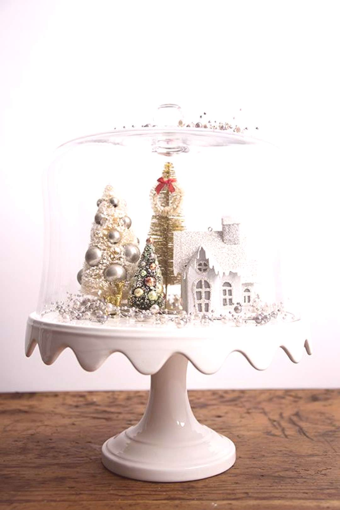 Christmas cake stand cloche