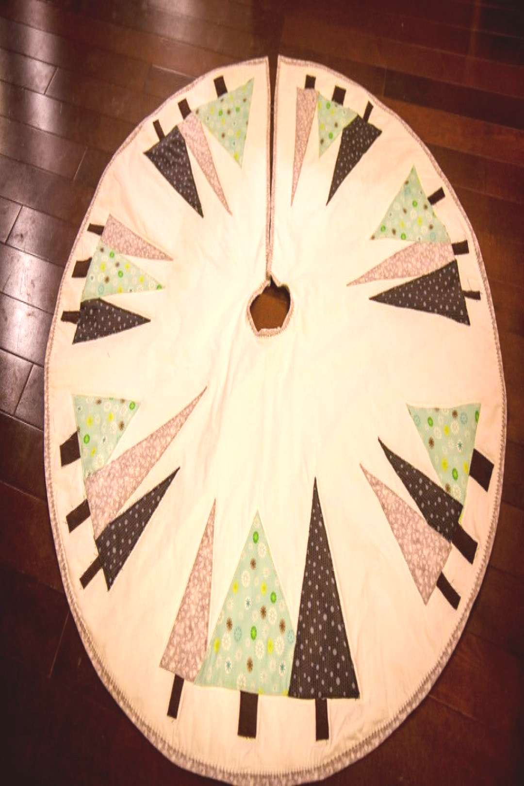 Christmas Tree Skirt |