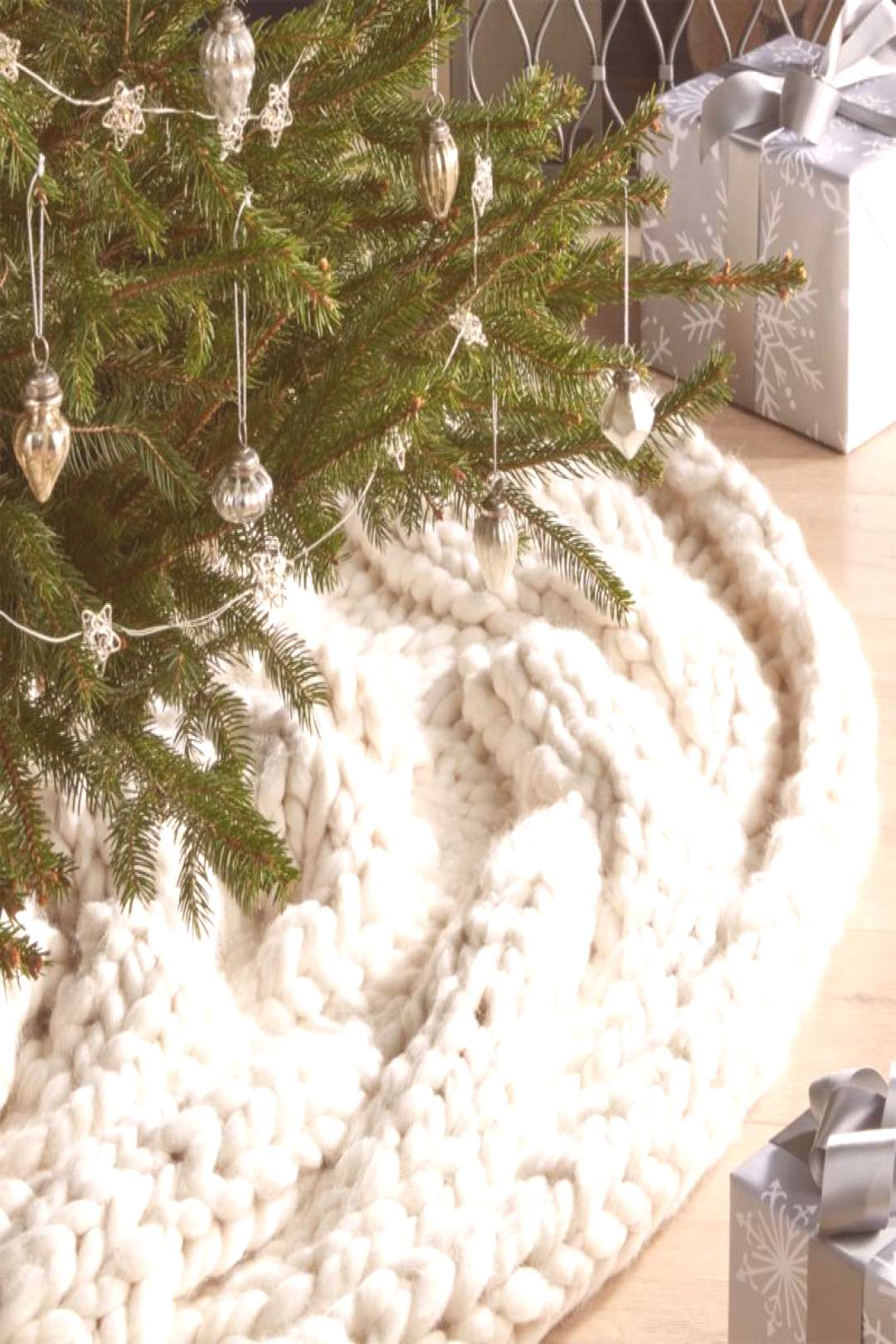Crate & Barrel Cozy Knit Ivory Tree Skirtbestproductscom