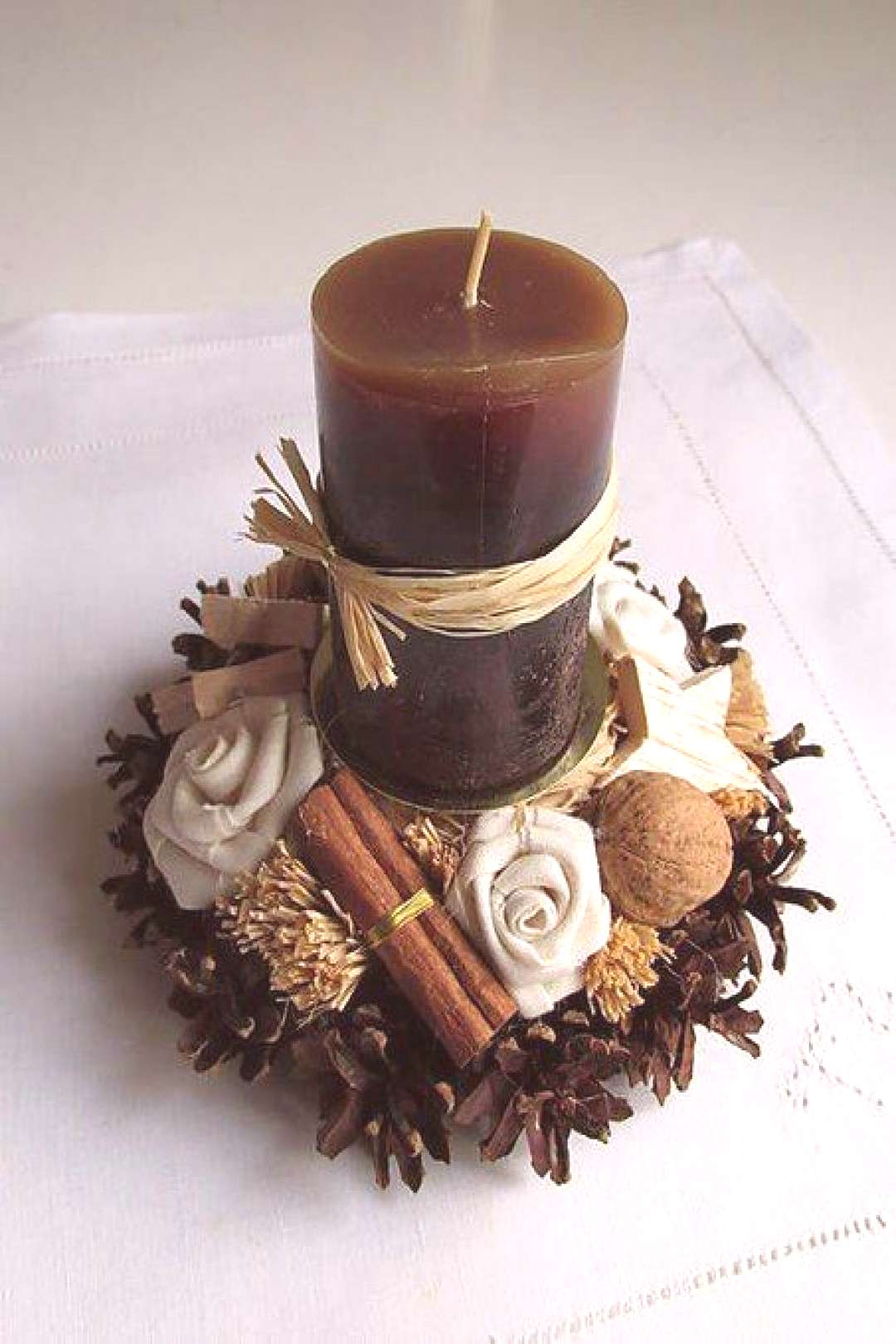 How To Make Christmas Centerpiece Brown Candles - Christmas Decorations