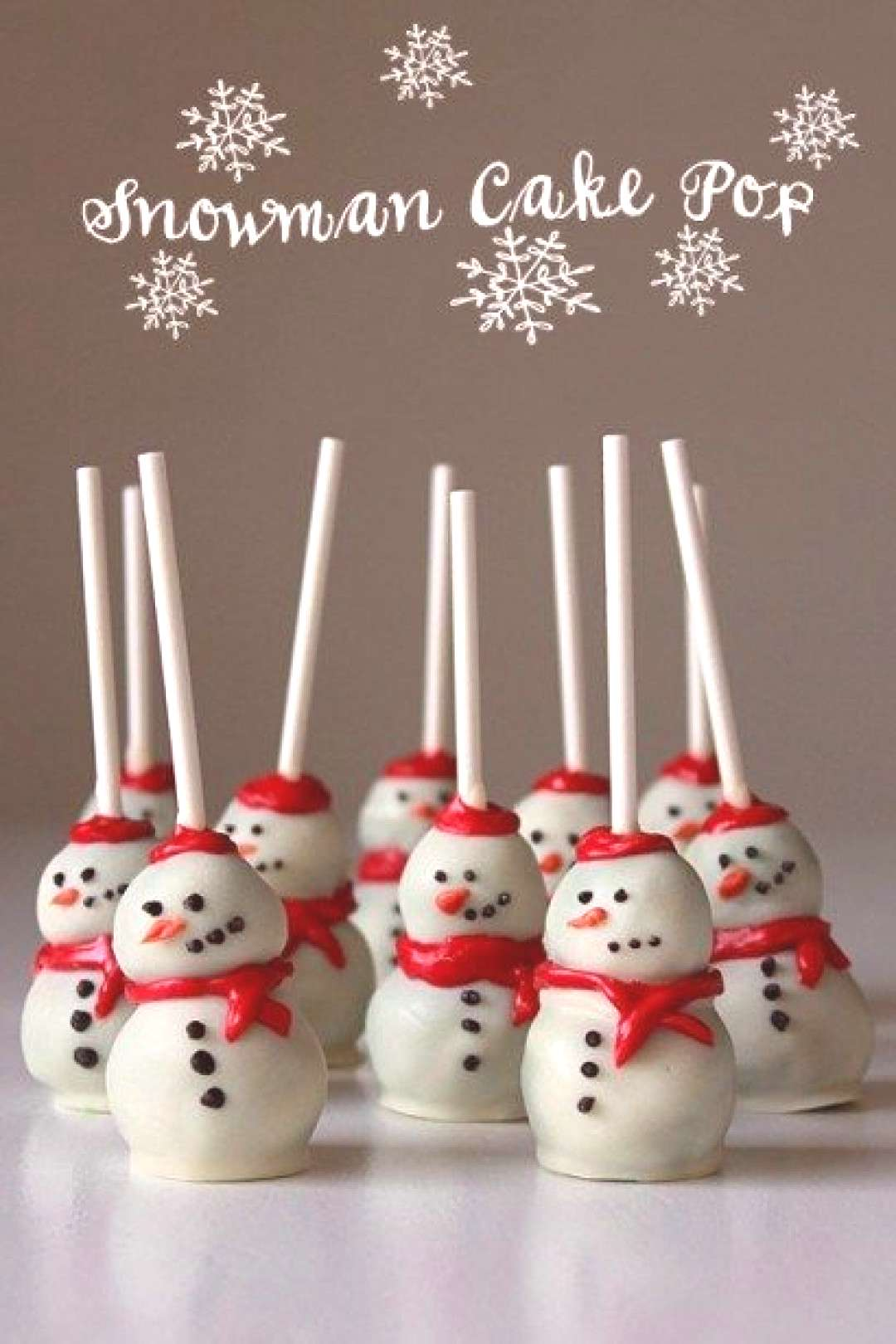 Snowman Cake Pops - Best Christmas Desserts - Recipes and Christmas Treats to Try this Year! Try th