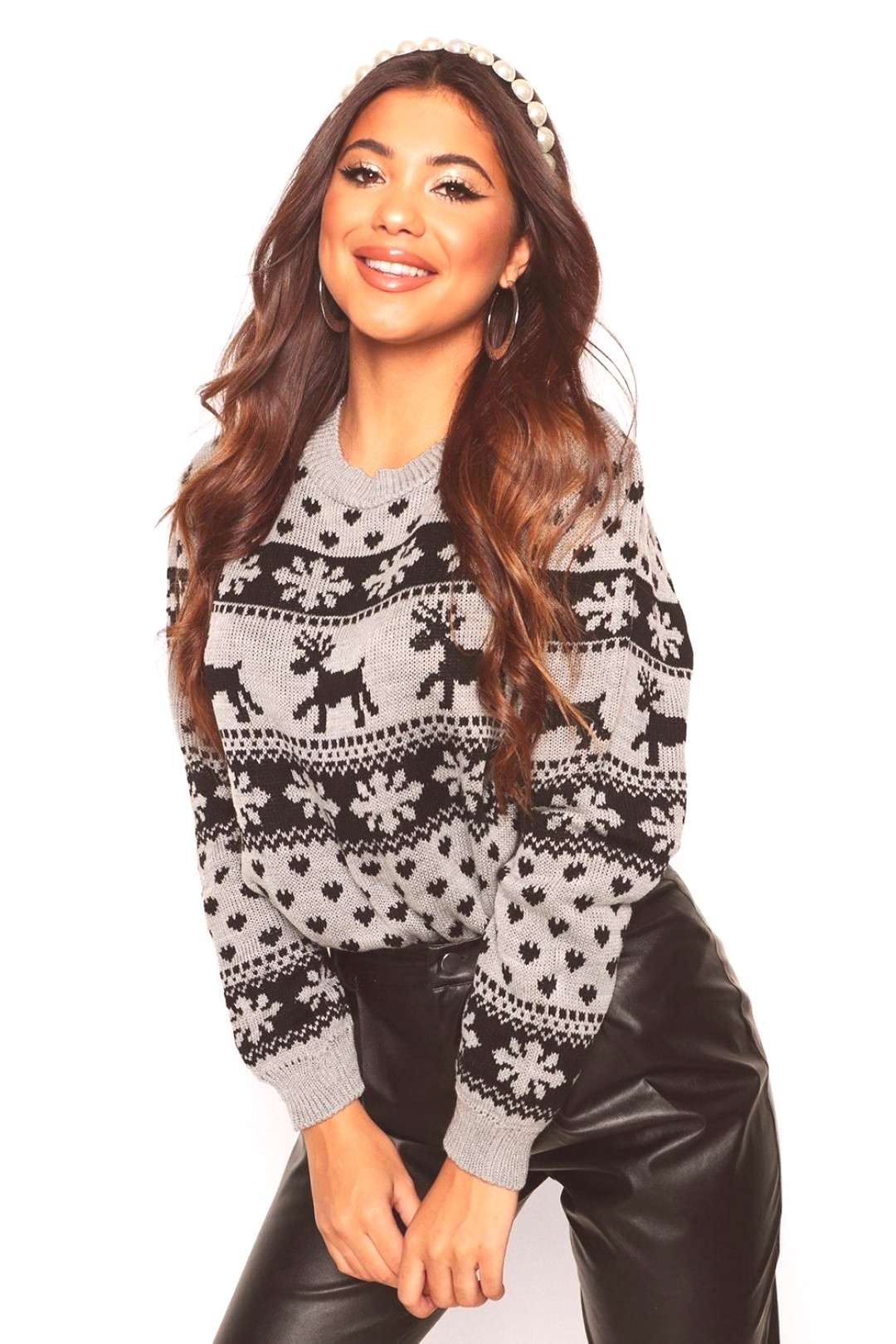Womens Reindeer & Snowflake Christmas Sweater - grey - M/L